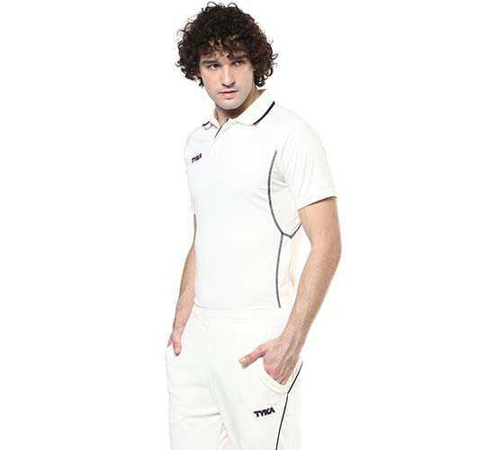 Tyka Median Cricket T-Shirt half sleeves_side