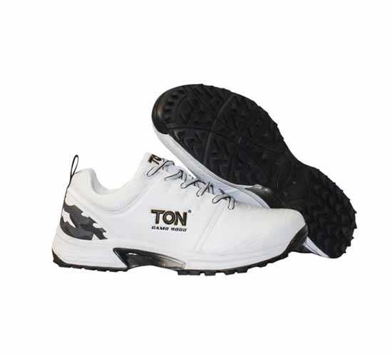 SS Camo 9000 Stud Cricket Shoes White and Black