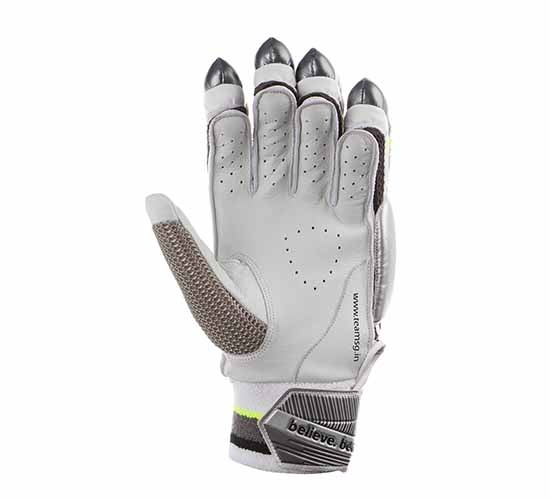 SG Prosoft Batting Gloves1
