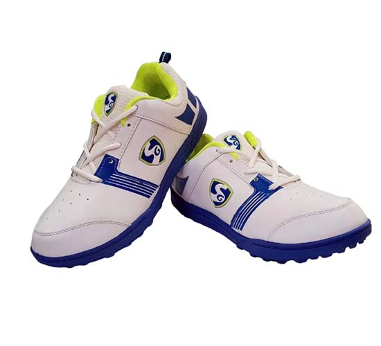 SG Bouncer 1.0 Cricket Shoes_MAIN