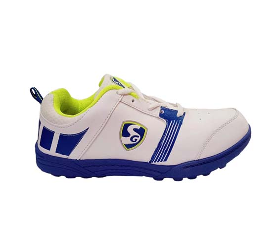 SG Bouncer 1.0 Cricket Shoes_RIGHT