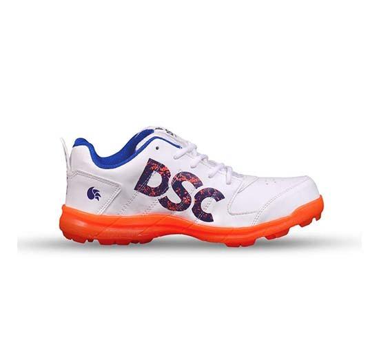 DSC Beamer Cricket Shoes3