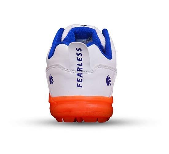 DSC Beamer Cricket Shoes5